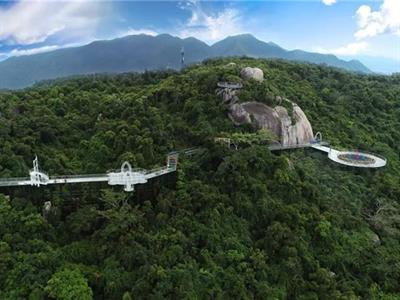 海南三亚亚龙湾热带天堂森林公园